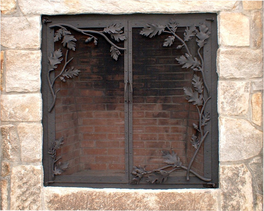 Fireplace screens, doors and tools